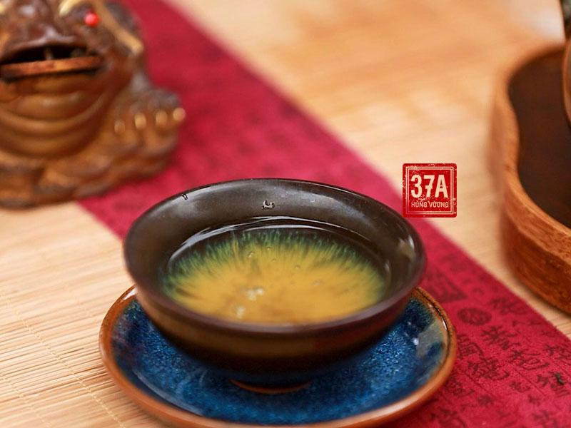 Trà Shan Tuyết cổ thụ kết hợp với sâm Ngọc Linh tạo nên thức uống mang lại những lợi ích tuyệt vời cho sức khỏe